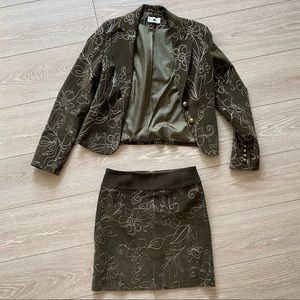 Skirt and jacket, perfect condition